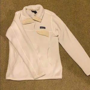 Patagonia women's pull over size small